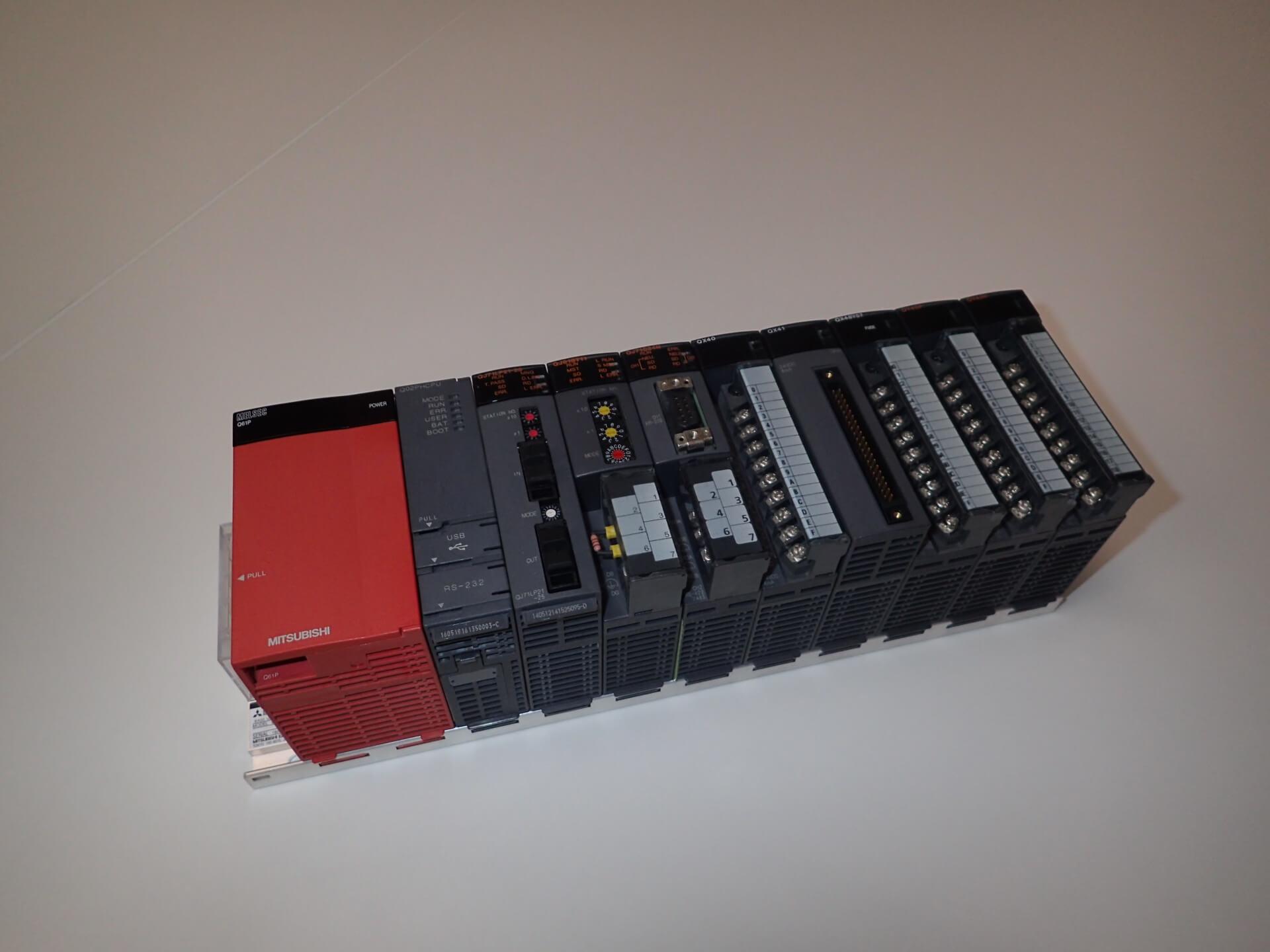 制御盤製作時の部品選定(PLC)